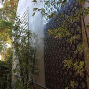 Queens Park, Sydney - entry passageway uplit feature panels