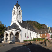 Außenansicht Wallfahrtskloster Bornhofen