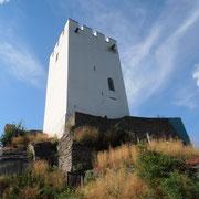 Der Bergfried der Burg Sterrenberg