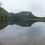 Lac de Bonlieu - gite de Tres Bayard location de vacances et week end - Saint Claude - Jura