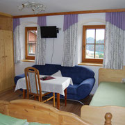 Doppel- oder Dreibettzimmer