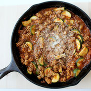 healthy one skillet lasagna with zucchini and mushrooms
