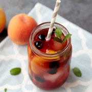 sweet peach iced tea with blueberries