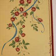 Wandmalerei einer Rosenranke in einer Villa in Stuttgart