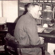 Otto am Schreibtisch, 1955