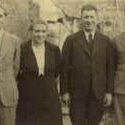 Söhne Helmut und Wilhelm (beide im Krieg gefallen) mit Eltern, 1940