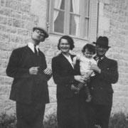 Jean RENAULT, Marie RENAULT, Louis JAFFRAIN, René JAFFRAIN (Trémeur, 1939)