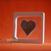 Herz (ca. B50 x H55m) im Fenster (28 €*)