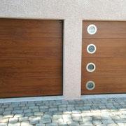 Porte sectionnelle imitation bois chêne doré motorisée