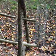 Stellenweise wurden Stützen mit eingearbeitet um dem Zaun mehr halt zu geben.