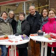 Informationstische der Koordinierungsstelle Frau und Wirtschaft des Landkreises Rotenburg / Wümme zum Equal Pay Day
