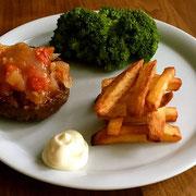 Hamburger met Zelf gemaakte friet
