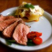 Bistecca di manzo con formaggio di pasta e parmigiano ( Entrecote )
