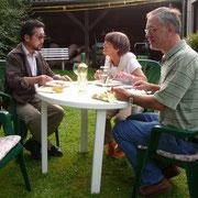 スタッフの一部。右から Rainer、Doldi さん、私