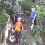 Klettern beim Wasserfall