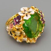"""П-1099.. Кольцо """"Flowers """", флекс-размер от 15 до 19. Ювелирный сплав металлов, позолота 18К, кристаллы Сваровски крупной огранки, авторская эмаль, ручная работа, клеймо автора, США."""