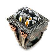 П574.Перстень из серебра со вставкой мурано, серебро 925, ручная работа. Из эксклюзивной коллекции Алана К.