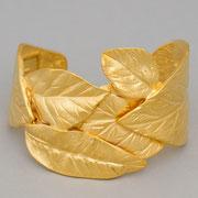 """П-1097.Браслет """"Листья"""" от американского дизайнера Кеннет Лэйна ( инфо в разделе ИМЕНА).  Ювелирный сплав металлов, золочение 24К, клеймо автора, ручная работа.  ПОВТОР ПОД ЗАКАЗ"""