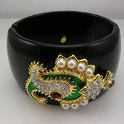 """П-848.   Дизайнерский браслет """"Махарани"""" от Кеннет Лэйна. Позолота 24К, камни Сваровски, бакелит. Маркировка, п-во США. В комплект можно приобрести брошь, серьги.Повтор под заказ"""