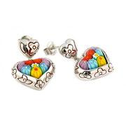 П671. Серьги сердца из серебра 925 от дизайнера Алана К. Гравировка темно-красным узором, вставка и стекла мурано, не содержат никеля.