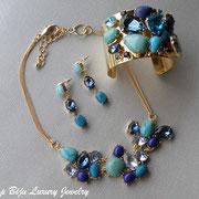 П-790.Украшения из новой коллекции с полудрагоценными камнями- голубым кварцем и бирюзой. Длина сережки 5см,ширина браслета 5см(на среднее и широкое запястье),длина колье 48см