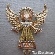 """П-765.Брошь """"Ангел Хранитель"""" от американского дизайнера Боб Макки. Очень красивый нежный ангел будет всегда радовать свою хозяйку.Размер 7.5х5.5см.Ювелирный сплав под золото, эмаль."""