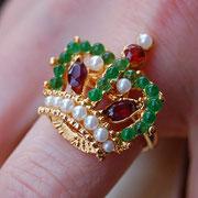 """SW-3.Роскошное кольцо """"Корона"""". Ювелирный сплав с 18К позолотой, декор натуральными камнями жемчуга, граната и перидота.Размер регулируется внутренним зажимом 15.5-20. Ручная работа. Цена 175$"""