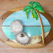 Entreprise decor showroom enseigne en bois et verre teinté.