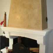 tadelakt sur une cheminée