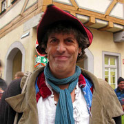 © Traudi - Flea Pit, der Jongleur. Ich bin ein Fan von ihm. Jedes Jahr besuche ich seine Vorstellung.