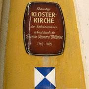 © Traudi  -  Schild am Eingang der Klosterkirche