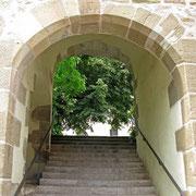 © Traudi  -  Aufgang zur Stiftskirche.
