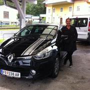 Frau Kratzwald Renault Clio