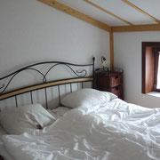 Schlafzimmer Nr 1 im Erdgeschoss