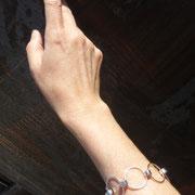 """Bracelet en argent et vis inox """"en ronds"""""""