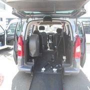 Aménagement pour le transport de personne en fauteuil roulant