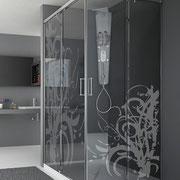 MAMPARA DE DUCHA MODELO MAGNA-A. Mampara rectangular de ducha de dos hojas correderas y dos hojas fijas