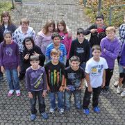 Klasse 6b mit ihrem Klassenlehrer Matthias Krieg.