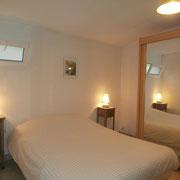 chambre avec lit double (140*190cm)