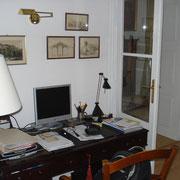 Schreibtisch iim Ess-Wohnzimmer