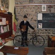 """Ecole d'Autrefois """"A bicyclette"""" - été 2016"""