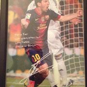 """"""" Para Fer, con gran afecto, Lio Messi , Visca el Barca """" Lionel Messi"""
