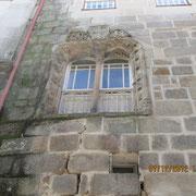 ein Fenster im manuelinischen Stil