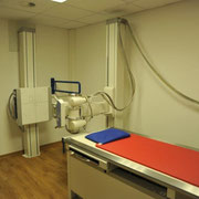 Geräumiger Röntgenraum