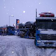 Mein LKW war ganz schön mit Eis und Schnee bedeckt es waren auch durchschnittlich -20/-44 Grad