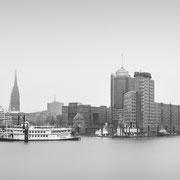 moin hamburch! | cityscape elbphilharmonnie | hamburg | germany 2021