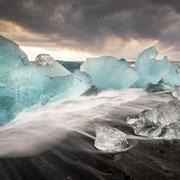 ice chunks | jökulsarlòn | iceland – 2016
