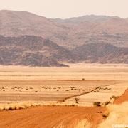 endless landscapes namib naukluft park | pad D707 | namibia 2012