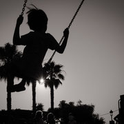 streetphotography silhouette little boy stanta gertrudis ibiza