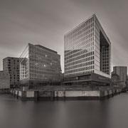 moin hamburch! | view harbour city | spiegel | hamburg | germany 2016